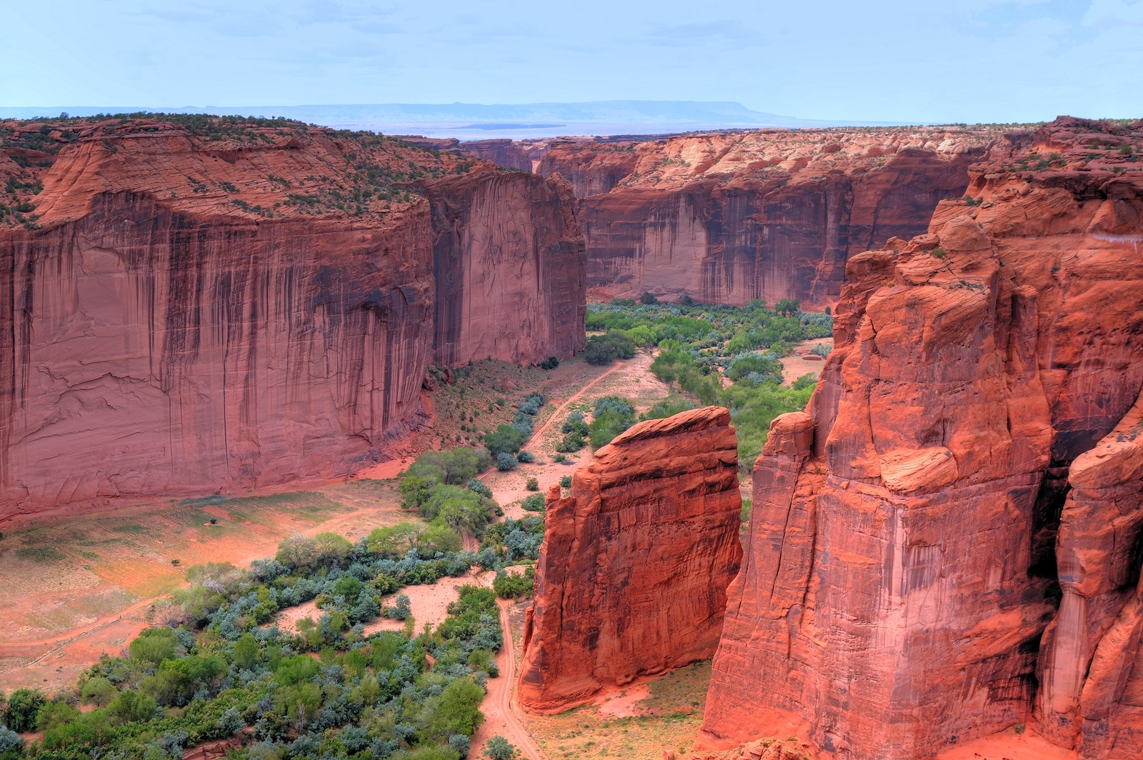 Canyon de Chelly: History That Echoes Through the Canyons